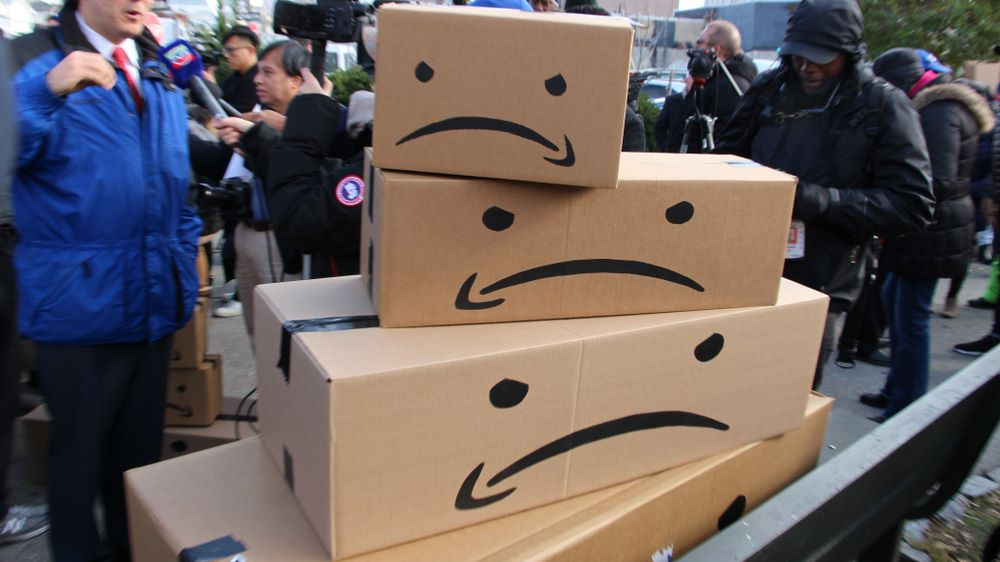 Amazon sends legal notice to Future Group